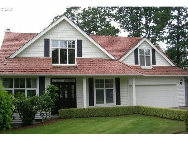 5562 Royal Oaks Dr, Lake Oswego, OR 97035 (MLS #17386645) :: Hillshire Realty Group
