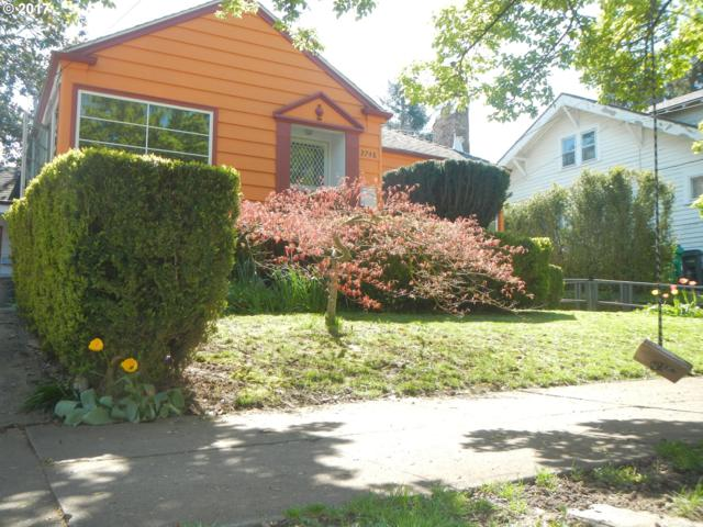 2748 NE Weidler St, Portland, OR 97232 (MLS #17391369) :: The Dale Chumbley Group