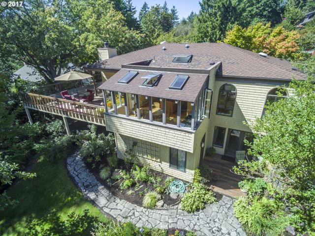 4043 SW Westdale Dr, Portland, OR 97221 (MLS #17393648) :: Hatch Homes Group