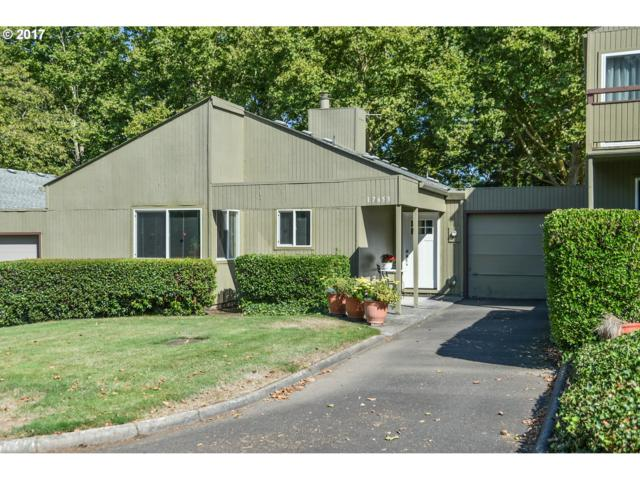 17653 NW Rolling Hill Ln, Beaverton, OR 97006 (MLS #17399777) :: Craig Reger Group at Keller Williams Realty