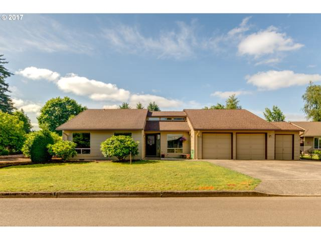 695 NE 22ND Ave, Canby, OR 97013 (MLS #17404123) :: Fox Real Estate Group