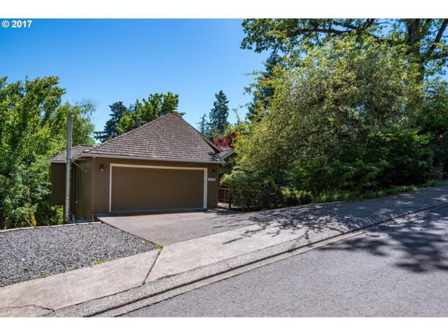 3220 Duncan Dr, Lake Oswego, OR 97035 (MLS #17411612) :: Fox Real Estate Group