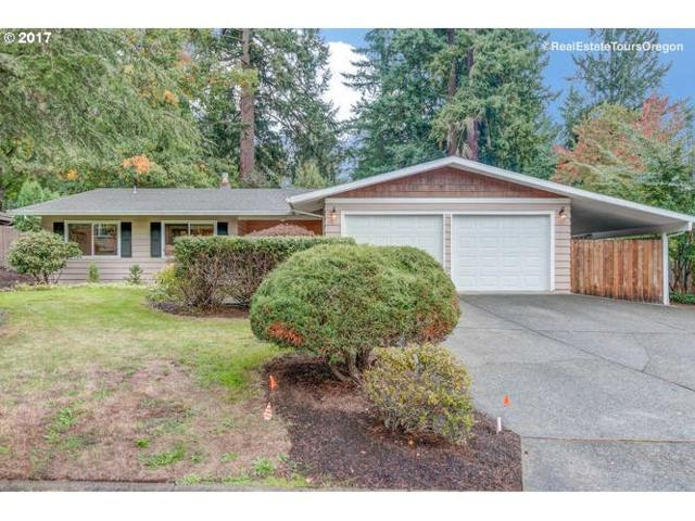 19240 Maree Ct, Lake Oswego, OR 97035 (MLS #17411661) :: Fox Real Estate Group