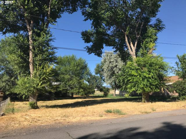 428 E Washington St, Burns, OR 97720 (MLS #17420679) :: Hatch Homes Group