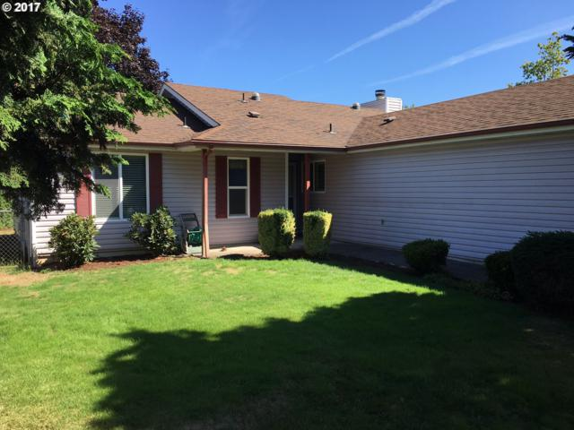264 SW 12TH Ave, Canby, OR 97013 (MLS #17425405) :: Fox Real Estate Group