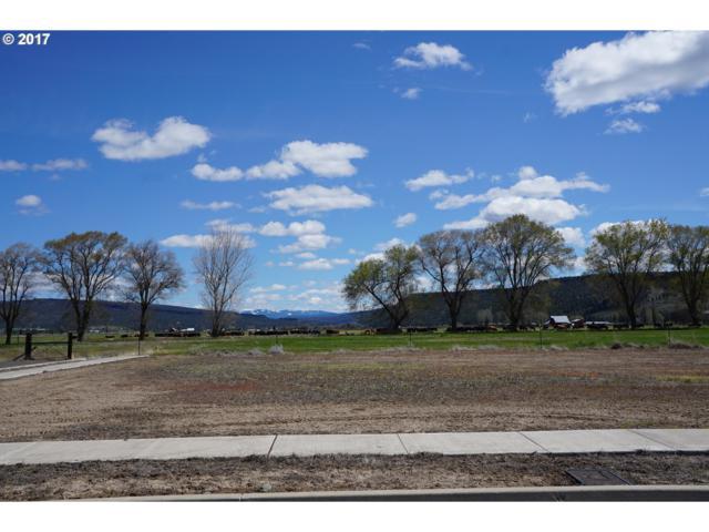 445 SE Sumner Dr, Prineville, OR 97754 (MLS #17430845) :: Cano Real Estate