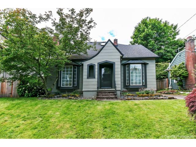 3326 NE Clackamas St, Portland, OR 97232 (MLS #17438726) :: Hatch Homes Group