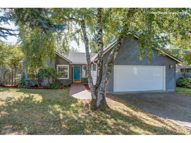 1358 SE 25TH Pl, Hillsboro, OR 97123 (MLS #17449843) :: Hatch Homes Group