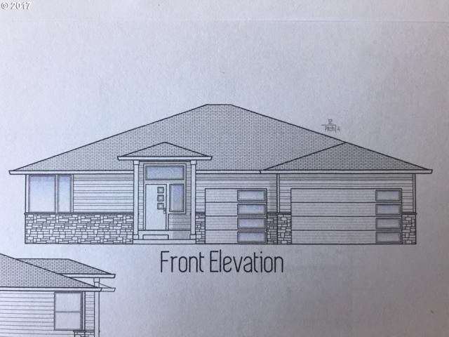 1430 NE Sawyer Ln, Estacada, OR 97023 (MLS #17453450) :: Next Home Realty Connection