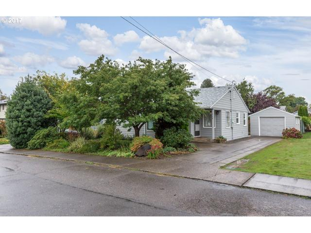 215 S 13TH St, St. Helens, OR 97051 (MLS #17456397) :: Next Home Realty Connection