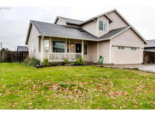 903 Smith St, Harrisburg, OR 97446 (MLS #17461695) :: Song Real Estate