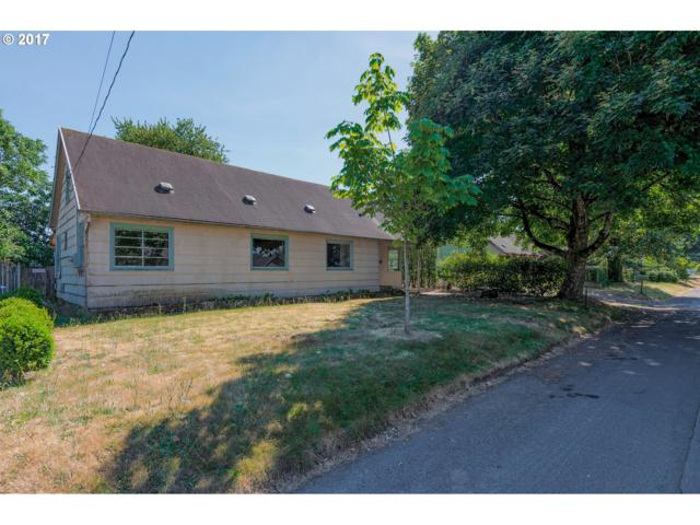 5900 SE Henderson St, Portland, OR 97206 (MLS #17467738) :: TLK Group Properties