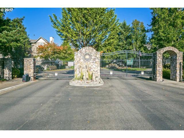 901 Springtree Ln, West Linn, OR 97068 (MLS #17478018) :: TLK Group Properties