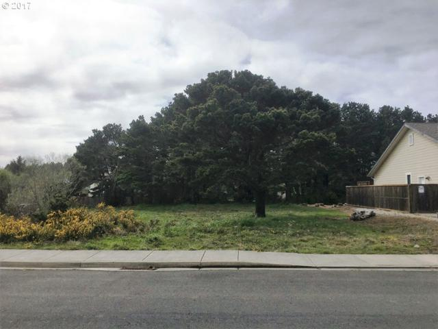 3162 Periwinkle Ln SW Lot 2, Bandon, OR 97411 (MLS #17479476) :: Cano Real Estate