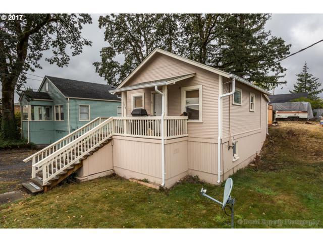 125 N 20TH St, St. Helens, OR 97051 (MLS #17483098) :: TLK Group Properties