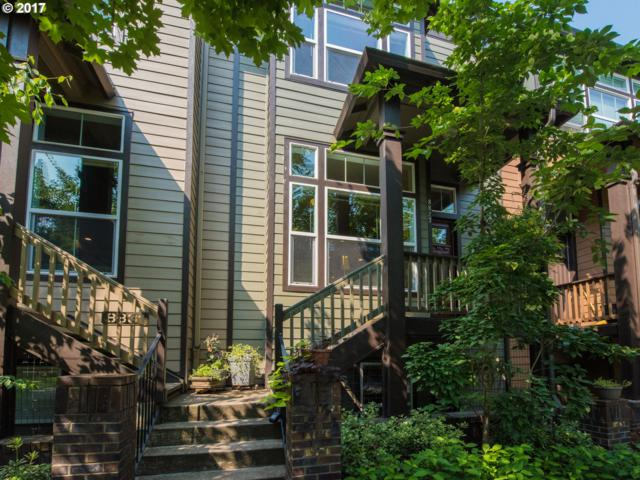 8827 SE 12TH Ave, Portland, OR 97202 (MLS #17487043) :: Matin Real Estate