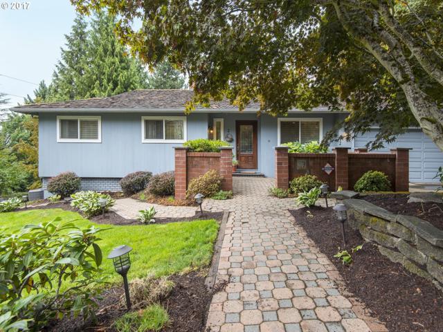2 El Greco St, Lake Oswego, OR 97035 (MLS #17519312) :: TLK Group Properties