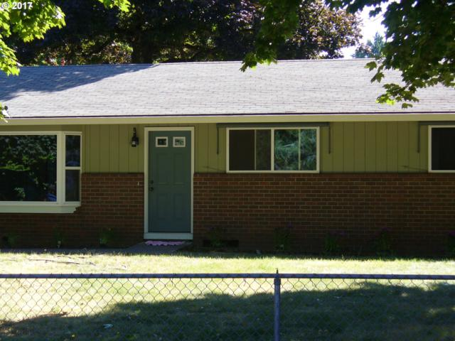 10788 SE 52ND Ave, Milwaukie, OR 97222 (MLS #17557296) :: Fox Real Estate Group