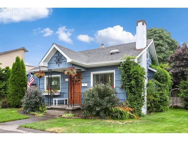 3805 Columbia St, Vancouver, WA 98660 (MLS #17557476) :: The Sadle Home Selling Team