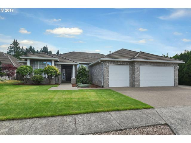 1945 NE 19TH Ave, Canby, OR 97013 (MLS #17558956) :: Fox Real Estate Group