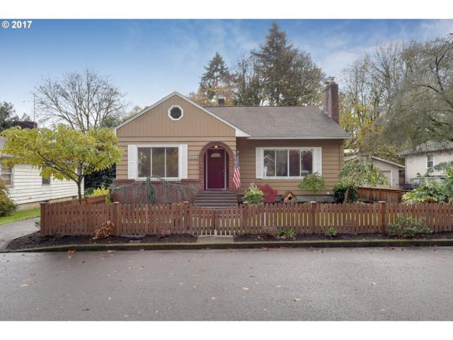 1524 Holly St, West Linn, OR 97068 (MLS #17561720) :: Hillshire Realty Group