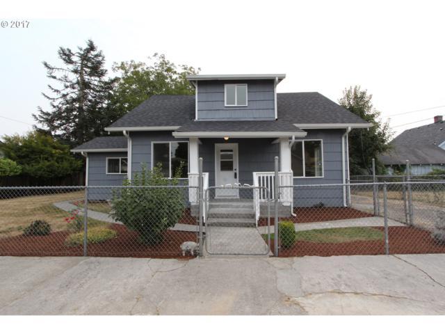 335 C St, Castle Rock, WA 98611 (MLS #17562927) :: Premiere Property Group LLC