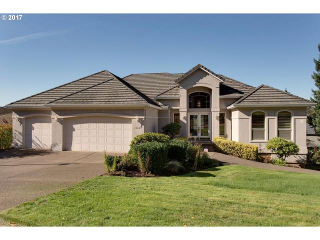 10307 SE Nicole Loop, Happy Valley, OR 97086 (MLS #17565277) :: Matin Real Estate