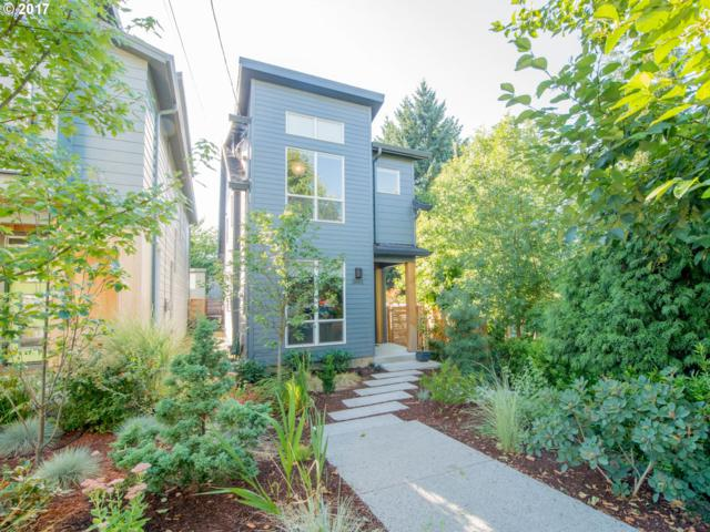 3601 SE 27TH Ave, Portland, OR 97202 (MLS #17565481) :: Fox Real Estate Group
