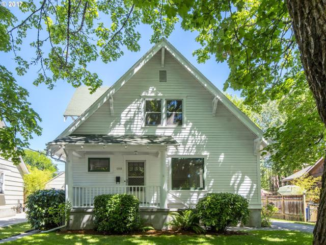 1553 SE Miller St, Portland, OR 97202 (MLS #17566493) :: Hatch Homes Group