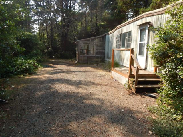 4834 Rhododendron Loop, Florence, OR 97439 (MLS #17569479) :: Stellar Realty Northwest