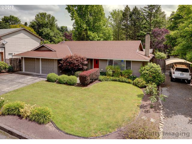 5740 SW 52ND Ave, Portland, OR 97221 (MLS #17569754) :: Hatch Homes Group