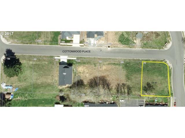 1305 Cottonwood Pl #1, Cottage Grove, OR 97424 (MLS #17577896) :: Harpole Homes Oregon