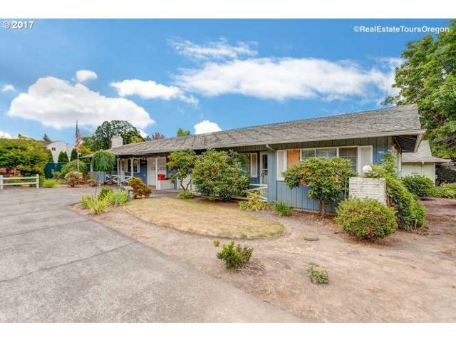 11530 SW Lomita Ave, Tigard, OR 97223 (MLS #17588782) :: TLK Group Properties