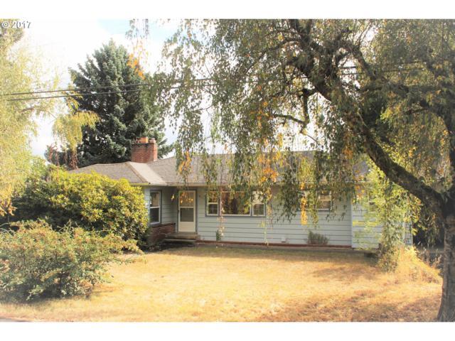 9130 SW Meadow Ln, Portland, OR 97225 (MLS #17589630) :: Hatch Homes Group