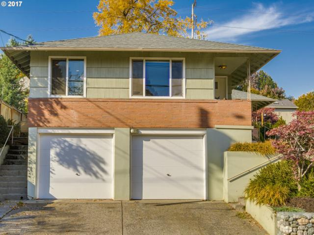 3403 SE 10TH Ave, Portland, OR 97202 (MLS #17600948) :: Stellar Realty Northwest