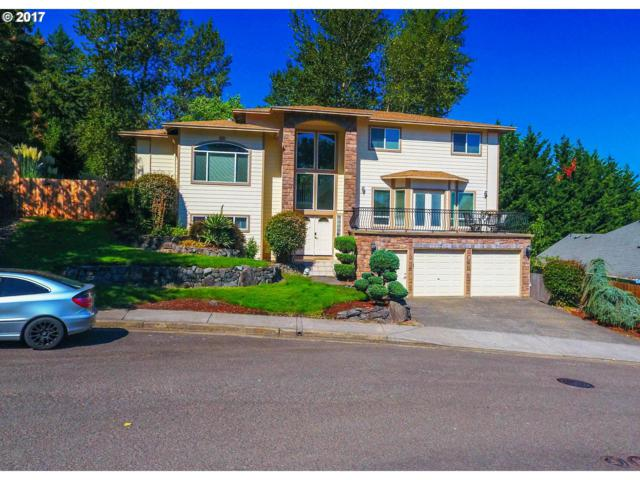 11441 SE Hidalgo Ct, Clackamas, OR 97015 (MLS #17601943) :: Matin Real Estate