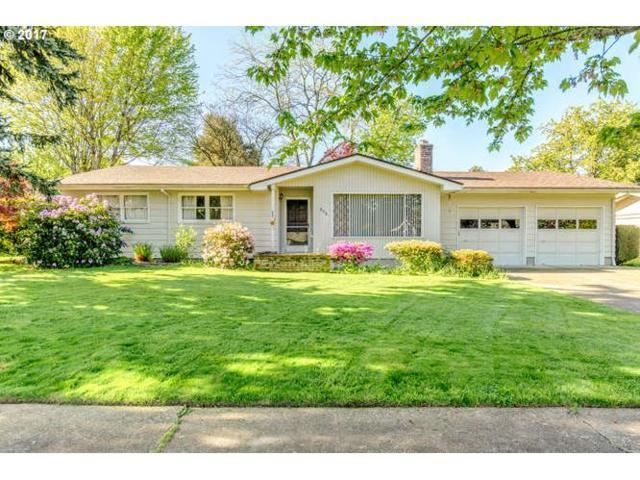 808 Pinehurst Dr, Newberg, OR 97132 (MLS #17606150) :: Fox Real Estate Group