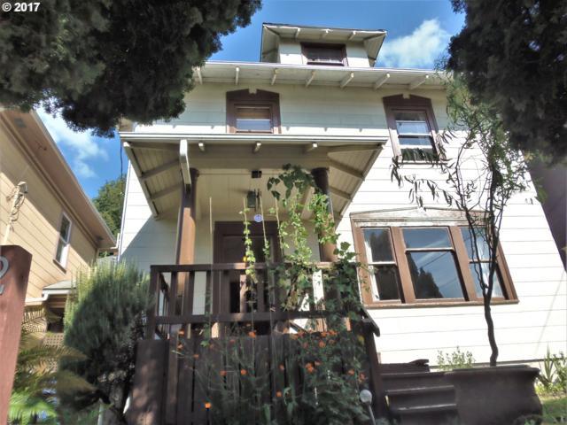 2435 SE Belmont St, Portland, OR 97214 (MLS #17614684) :: Hatch Homes Group