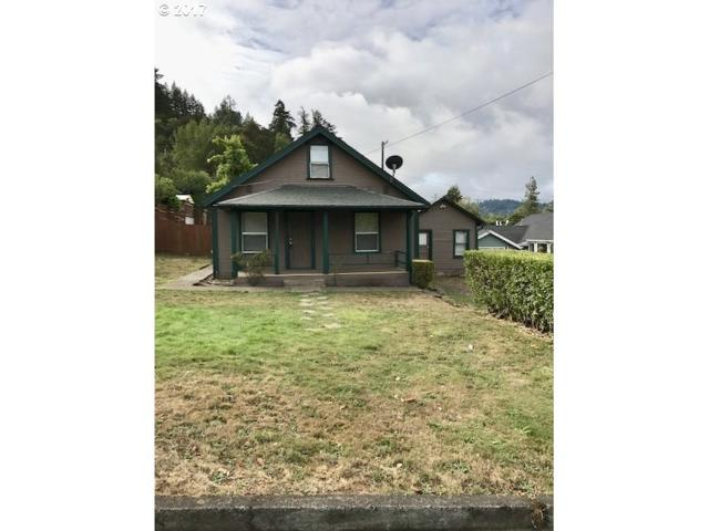 235 S D St, Springfield, OR 97477 (MLS #17617293) :: Craig Reger Group at Keller Williams Realty