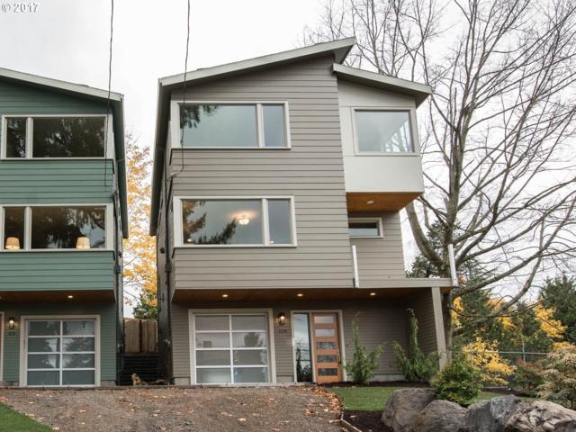 6208 SE Belmont St, Portland, OR 97215 (MLS #17626574) :: Hatch Homes Group
