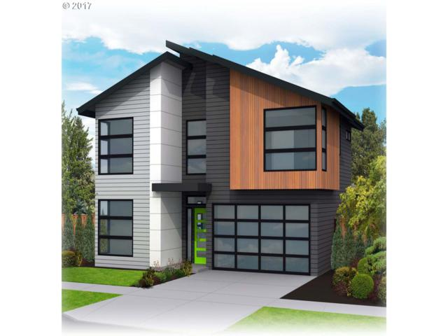 7120 SE 42nd Ave, Portland, OR 97206 (MLS #17629404) :: Hatch Homes Group