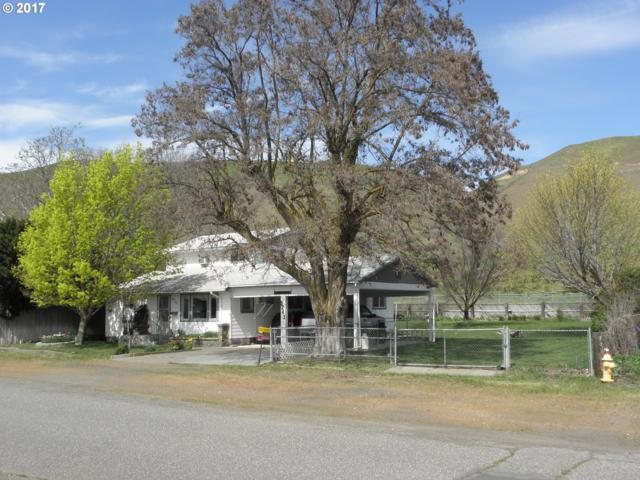 9243 Hwy 14, Wishram, WA 98673 (MLS #17630555) :: Cano Real Estate