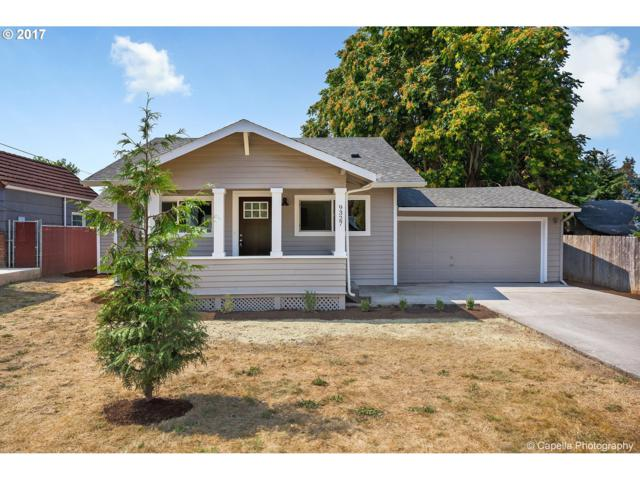9327 SE 32ND Ave, Milwaukie, OR 97222 (MLS #17635983) :: Matin Real Estate