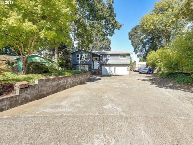 1713 Meadow Ln, Newberg, OR 97132 (MLS #17646826) :: Hillshire Realty Group