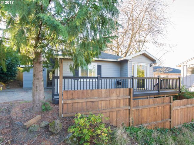 5303 SW 45TH Ave, Portland, OR 97221 (MLS #17659488) :: Hatch Homes Group