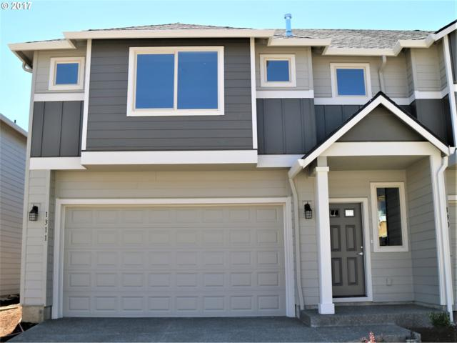 1311 NE 82ND Dr, Vancouver, WA 98665 (MLS #17664920) :: The Sadle Home Selling Team