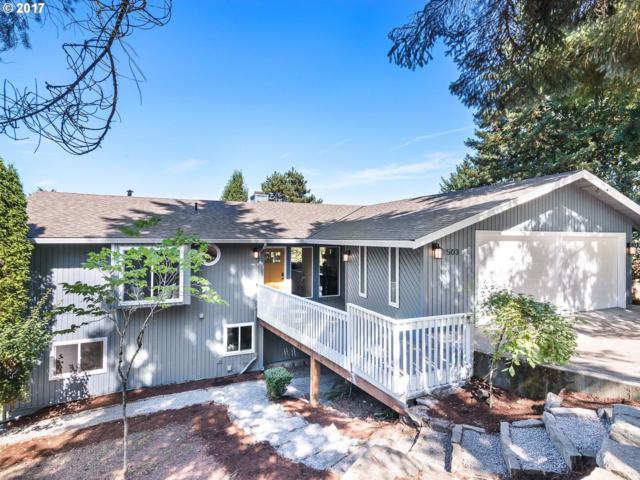 1503 Pine St, Lake Oswego, OR 97034 (MLS #17686000) :: TLK Group Properties