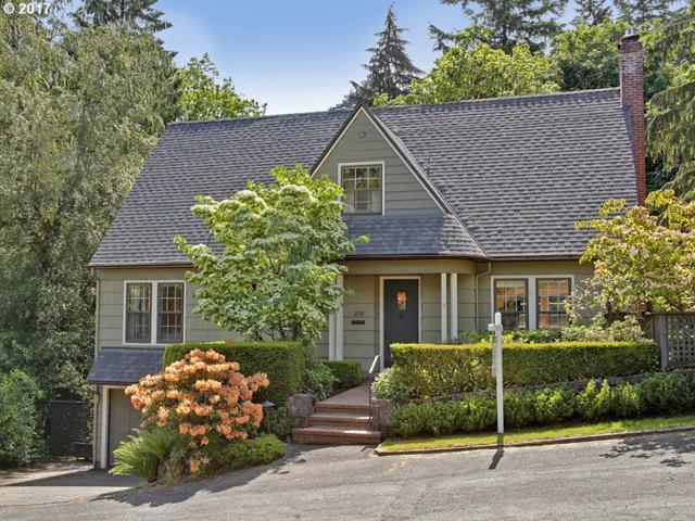 2726 SW English Ln, Portland, OR 97201 (MLS #17690690) :: Stellar Realty Northwest
