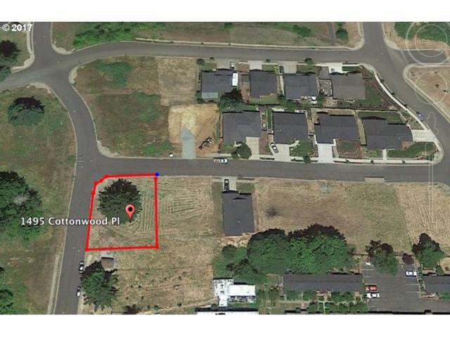 1495 Cottonwood Pl #7, Cottage Grove, OR 97424 (MLS #17695113) :: Craig Reger Group at Keller Williams Realty