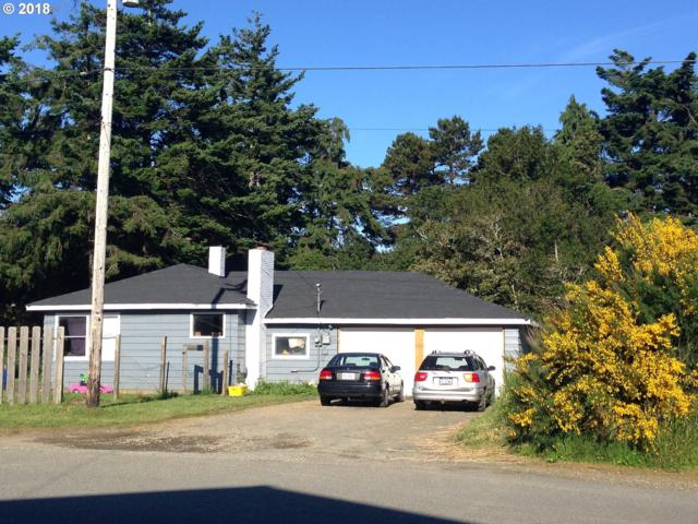612 Thirteenth St, Port Orford, OR 97465 (MLS #18003417) :: McKillion Real Estate Group